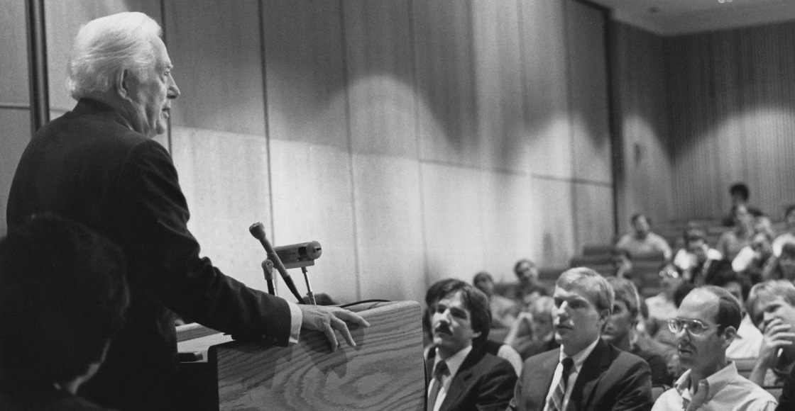 Chief Justice Warren Burger speaks at the Law School in 1985, a year before taking senior status on the court.