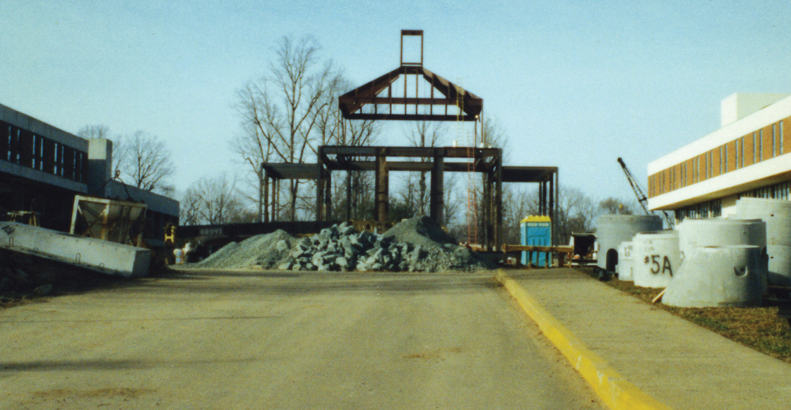 The steel foundation of Caplin Pavilion, which would change the face of the Law School, takes form circa 1996.