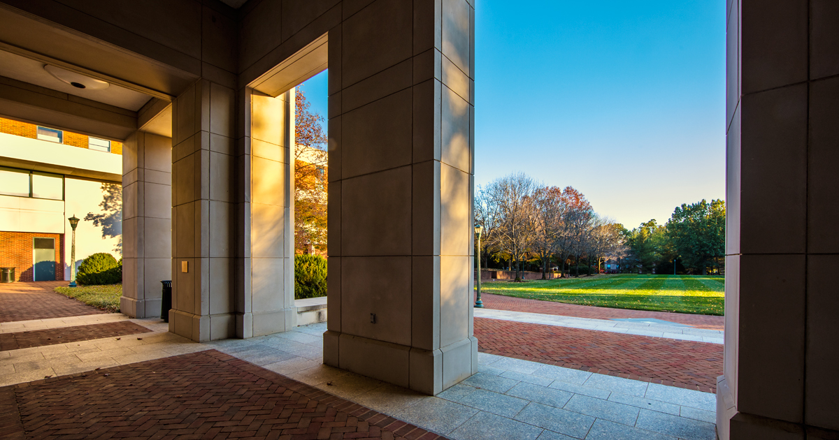 UVA c o      Applicants               Top Law Schools
