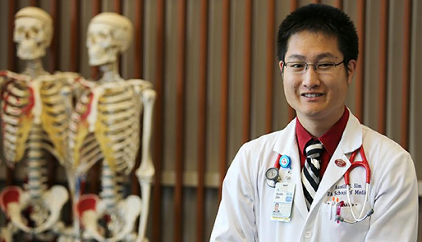 Austin Sim, first student in J.D.-M.D. program