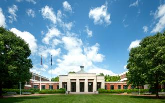 UVA Law Alumni Top 50% Giving Again