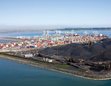 Industrial port for sea containers and coal exports